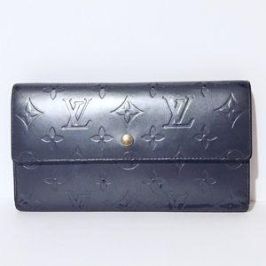 Louis Vuitton enamel leather Sarah long wallet